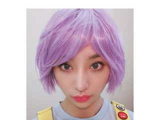 """高橋メアリージュンのアニメヒロインのような""""紫ヘア""""に「似合ってます」「カッコいい」とファン称賛"""