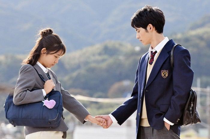小野莉奈、岡田健史/「中学聖日記」第7話より(C)TBS