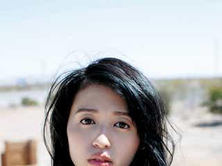 """""""声優界最高の美女""""逢田梨香子、初めての水着&ランジェリー…見せたことのない表情解禁"""