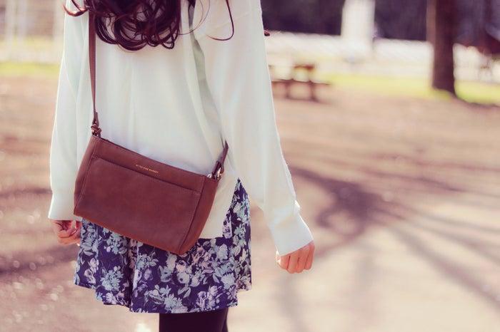 清楚で華やかな服装を心掛けて/Photo by GIRLY DROP