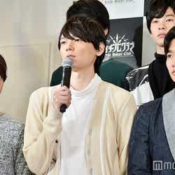 (左から)池田純矢、古川雄輝、野村周平(C)モデルプレス