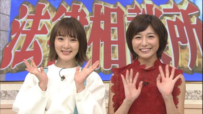 (左から)生駒里奈、市來玲奈(C)日本テレビ