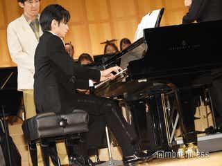 Sexy Zone中島健人、フルオーケストラバックにピアノ生演奏 東山紀之が感嘆「すげえな健人!」<砂の器>