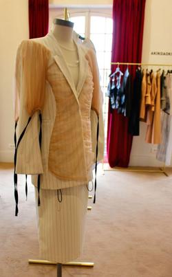 注目集めるパリ・ショールームの日本ブランド19年秋冬
