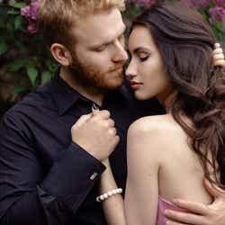 モデルプレス - 彼女は俺のものなのに…!男性の執着心が強くなる3つの瞬間とは