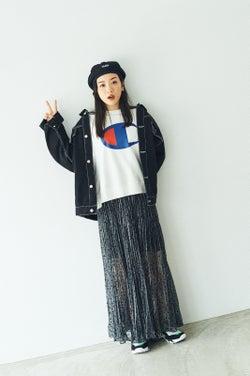 """モデルプレス - 永野芽郁、美脚透けるMIXコーデが可愛い """"1番お金をかける""""こととは?"""
