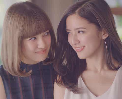 E-girls藤井萩花&夏恋姉妹「お姉ちゃんより私の方が可愛いけどね」「はいはい」仲良くじゃれ合う<撮影エピソード>