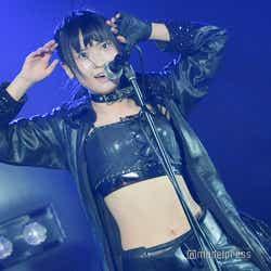「Blue Rose」庄司なぎさ/AKB48柏木由紀「アイドル修業中」公演(C)モデルプレス
