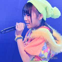 「ツンデレ!」安田叶/AKB48柏木由紀「アイドル修業中」公演(C)モデルプレス
