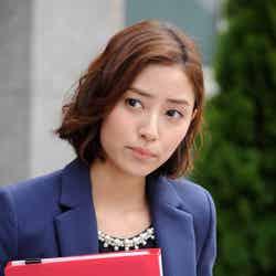 岡本あずさ「グッドパートナー 無敵の弁護士」場面カット/画像提供:テレビ朝日