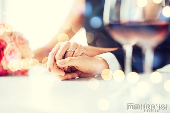 意外と知られていない!プレ花嫁のための究極のリング選びの裏技/Photo by Syda Productions
