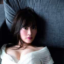 モデルプレス - フリーアナウンサー・松本圭世、初のSEXYグラビアで美バスト披露 4.5キロ減量で挑む