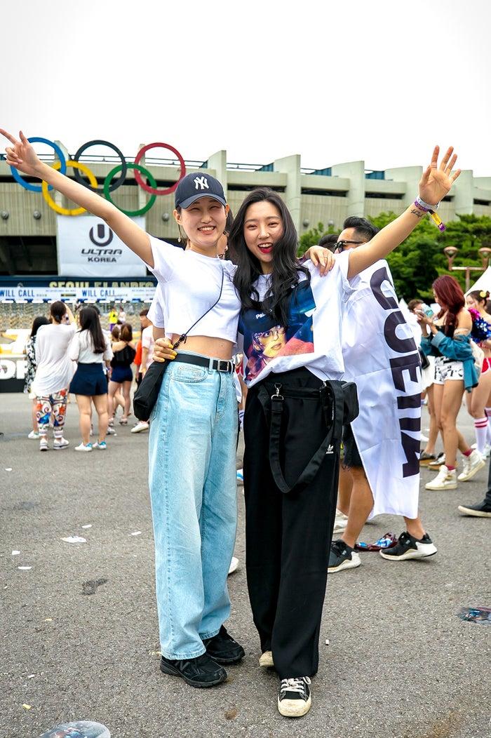39a5ee74564 ... フェスファッションのトレンドは? 「ULTRA KOREA」スナップ(提供写真)