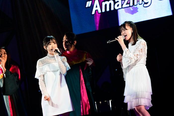 歌田初夏、立仙愛理「第8回 AKB48紅白対抗歌合戦」(C)AKS