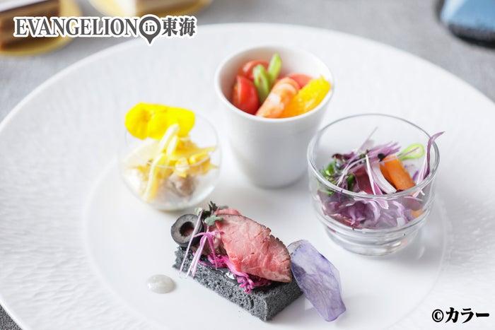 前菜・彩り豊かなラインナップ(C)カラー
