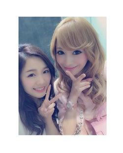 現役キャバ嬢モデル愛沢えみり、SKE48メンバーとの再会に歓喜