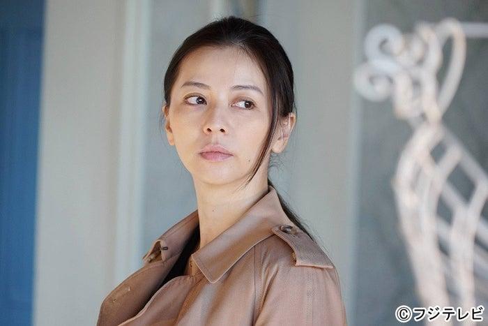 香里奈「嫌われる勇気」1話より(C)フジテレビ