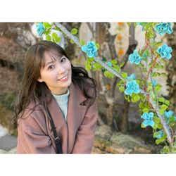 モデルプレス - 元スパガ 宮崎理奈が上目遣いで微笑むバースデーショットを公開!「みやりちゃんおめでとう」