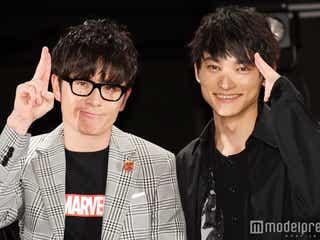 """SKY-HI、藤森慎吾と""""チャラ男ポーズ""""披露でファン歓声 フリースタイルラップでコラボも"""