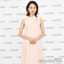 都内で行われたコスメティックブランドのイベントに参加した戸田恵梨香(C)モデルプレス