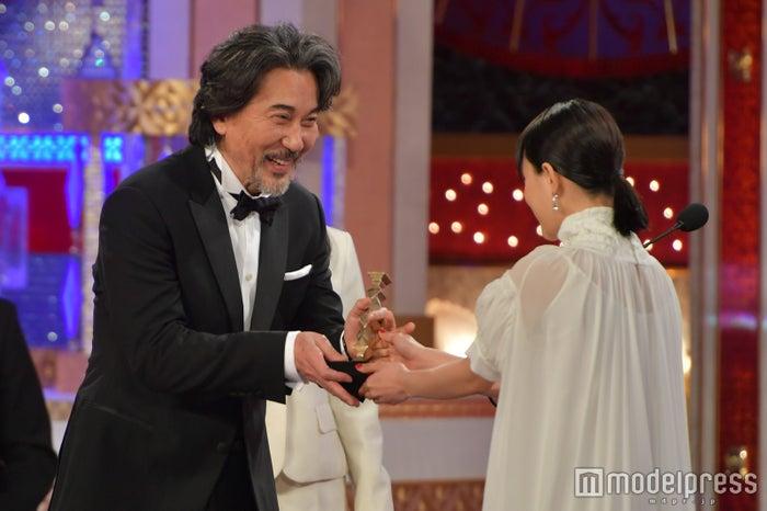 最優秀助演男優賞を発表<第41回...