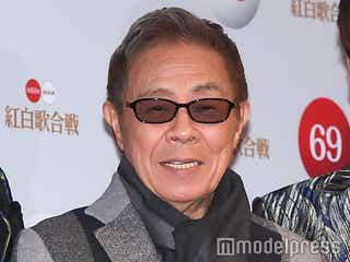 北島三郎、5年ぶり紅白ステージにサザンら豪華集結 紙吹雪舞う中「まつり」熱唱<紅白本番>