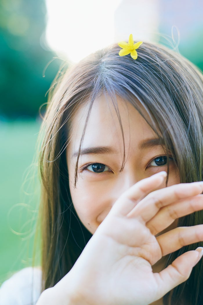 桜井玲香2nd写真集「視線」/セブンネット版表紙カット(提供写真)