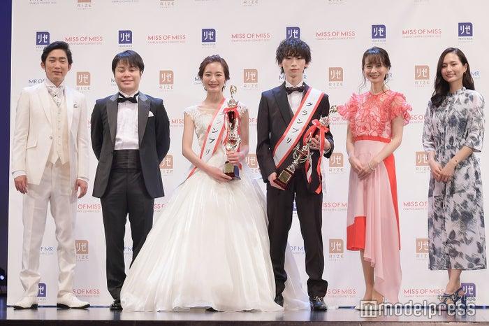 石田明、井上裕介、神谷明采さん、鈴木廉さん、高見侑里アナウンサー、山賀琴子(C)モデルプレス