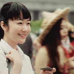 黒木華/CM「25年前の夏」篇より(提供写真)