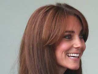 英キャサリン妃、新しいヘアスタイルが賛否両論