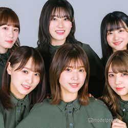 (左上から時計回りに)小池美波、守屋茜、原田葵、小林由依、渡邉理佐、菅井友香(C)モデルプレス