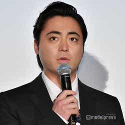 モデルプレス - 山田孝之、舞台挨拶で体調不良訴える「心身ともにボロボロな状態でして」<ドラゴンクエスト ユア・ストーリー>