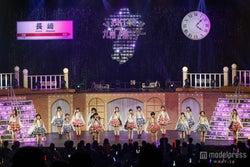 3rdシングル「桜、みんなで食べた」(3月12日発売)を初披露するHKT48/(c)AKS