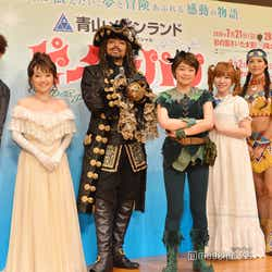 (左から)藤田俊太郎氏、入絵加奈子、NESMITH、吉柳咲良、河西智美、宮澤佐江、久保田磨希(C)モデルプレス