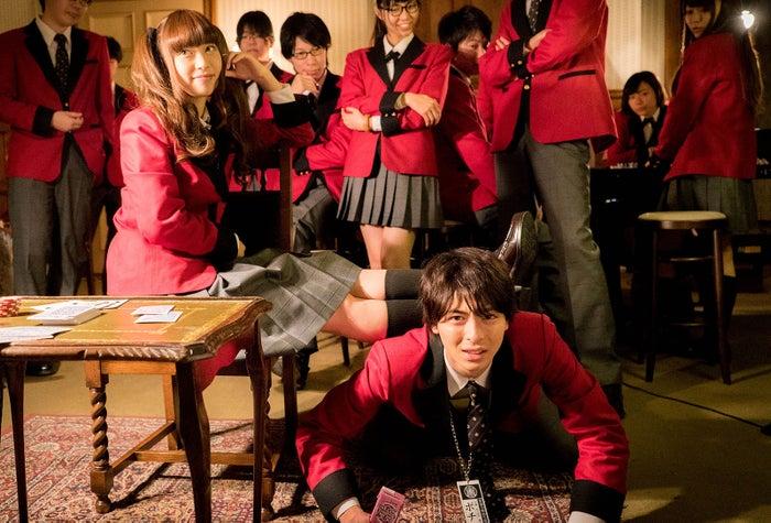 これが人間椅子!(C)河本ほむら・尚村透/SQUARE ENIX・ドラマ「賭ケグルイ」製作委員会・MBS