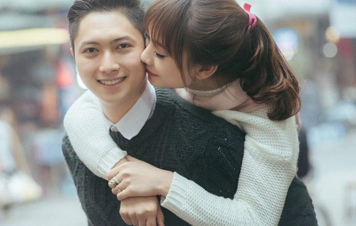 ちょっと物足りないくらいのキスがちょうど良い!/Photo by ぱくたそ