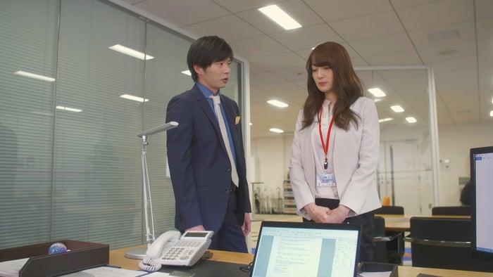 ドラマ『恋がヘタでも生きてます』第2話、コーデのポイントは?(C)読売テレビ