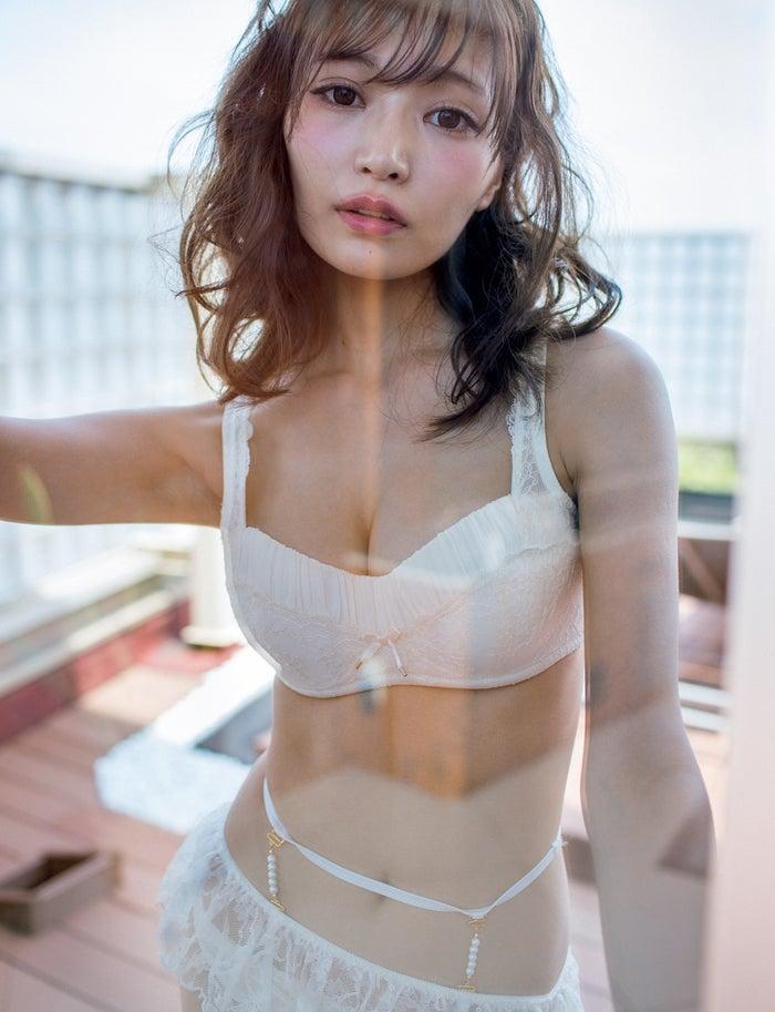 似鳥沙也加(C)橋本雅司/週刊プレイボーイ(※橋の字は異体字)