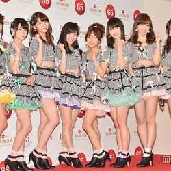 モデルプレス - AKB48一色の圧巻ステージ、メンバーの一挙一動に注目<紅白リハ2日目>