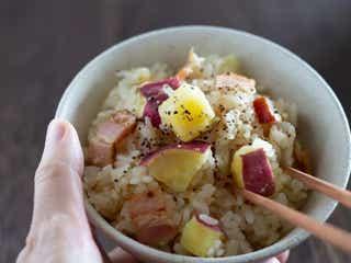 おかずいらず!炊飯器で炊くだけ簡単「秋の炊き込みごはんレシピ」3選