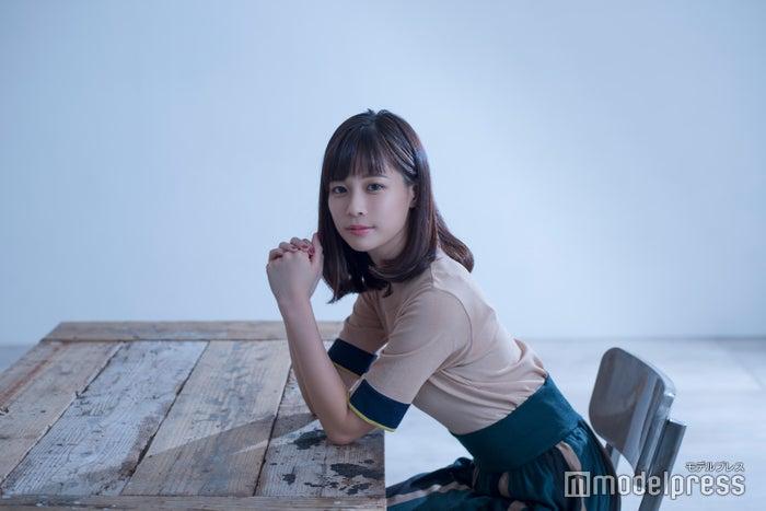 鈴木唯アナウンサー(C)モデルプレス