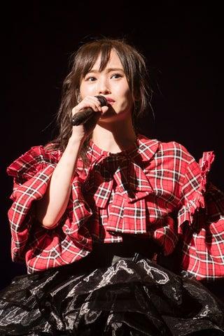 "NMB48山本彩、感極まる ""特別な場所""で感謝<山本彩LIVE TOUR 2017~identity~/セットリスト>"