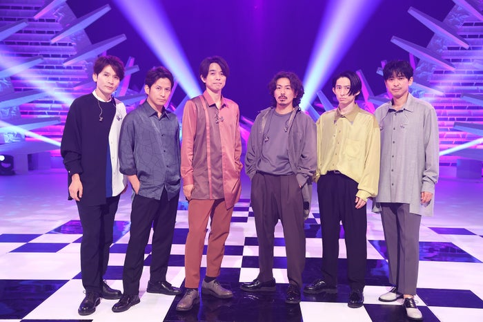 V6(左から)長野博、岡田准一、井ノ原快彦、森田剛、三宅健、坂本昌行(C)フジテレビ