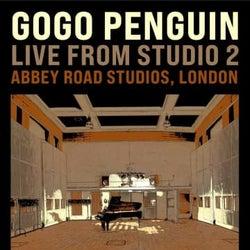 ゴーゴー・ペンギン、英アビイ・ロードスタジオからライヴ生配信決定