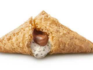 マクドナルド「三角チョコパイ」初のティラミス味、2種のクリームが織りなす濃厚な味わい