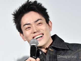 菅田将暉、黒髪短髪にイメチェン話題「新鮮」「可愛くなってる」