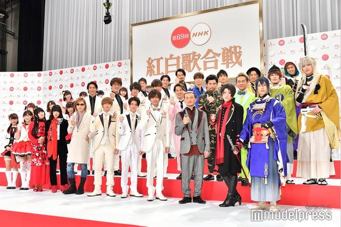 「第69回 NHK紅白歌合戦」出場歌手発表記者会見に出席した(左上から時計回りに)Aqours、純烈、DA PUMP、刀剣男士、King & Prince、YOSHIKI、あいみょん、DAOKO(C)モデルプレス