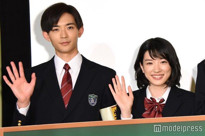 (左から)竜星涼、永野芽郁が惹かれる異性のポイントは?(C)モデルプレス