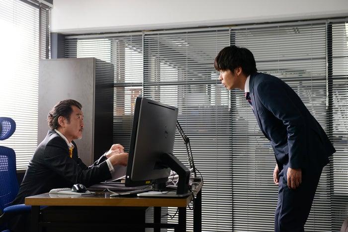吉田鋼太郎、田中圭/「おっさんずラブ」第5話より(C)テレビ朝日