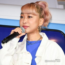 青山テルマ、人生初手術を報告「めっちゃでかくてビビった」